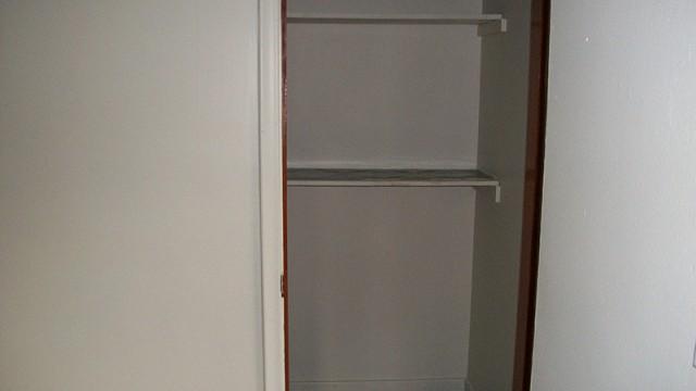 6 RANDALL AVE – 2 Bedroom
